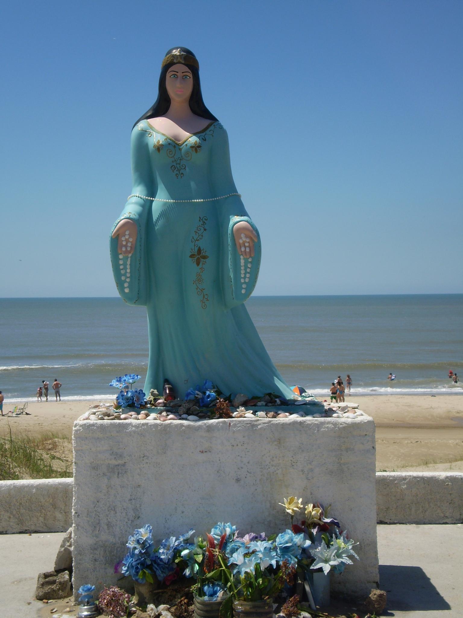 Estatua de la Diosa Yemayá, Reina de las aguas,, Barra do Chuí, Santa Vitória do Palmar, Rio Grande do Sul, Brasil